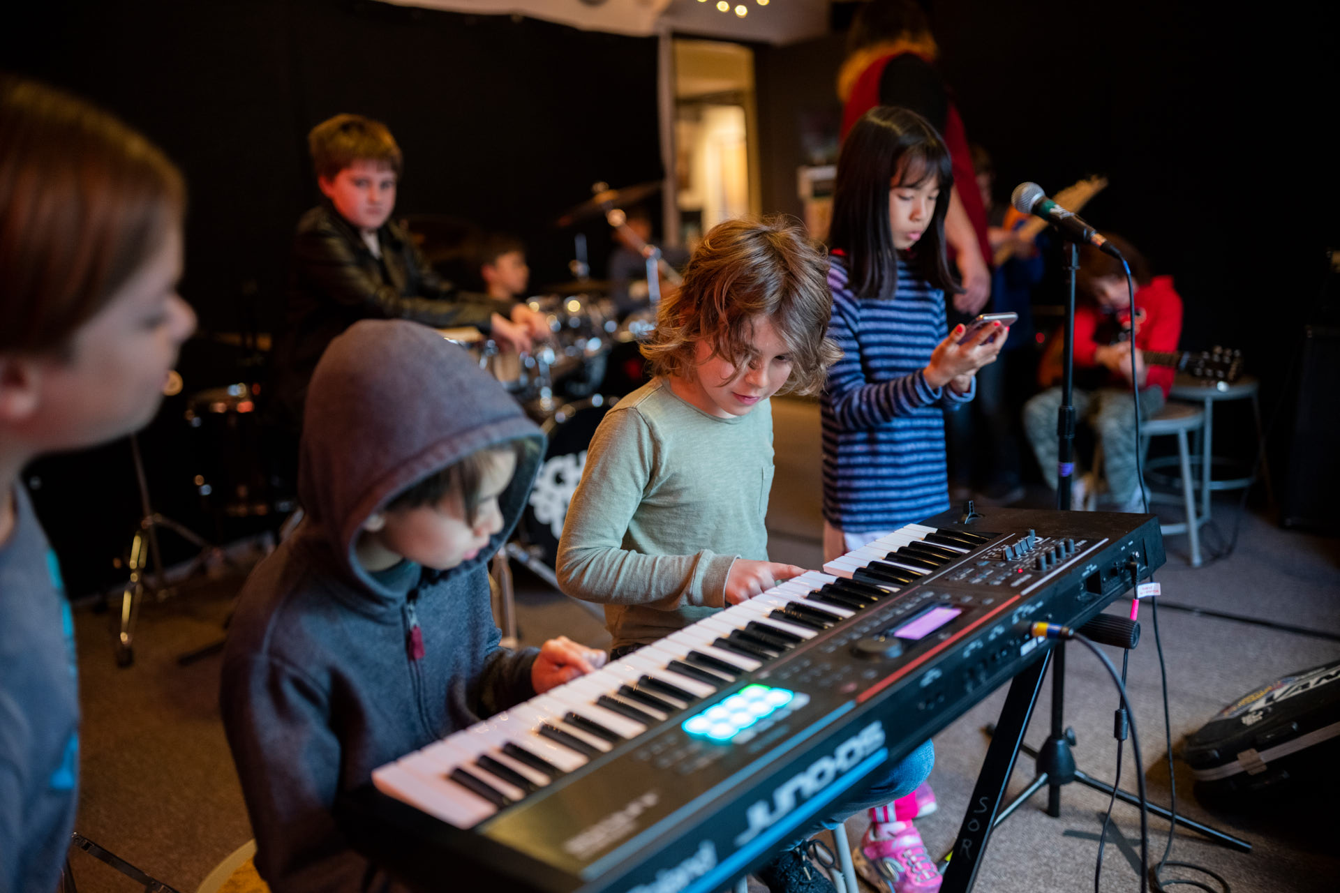 school-of-rock-teaches-the-universal-language-of-music-4