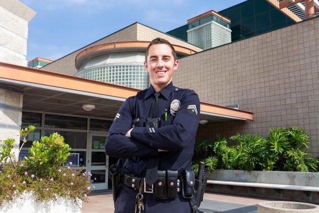 Hello, SLO! Toluca Lake Welcomes LAPD Officer Kurtis Delbar
